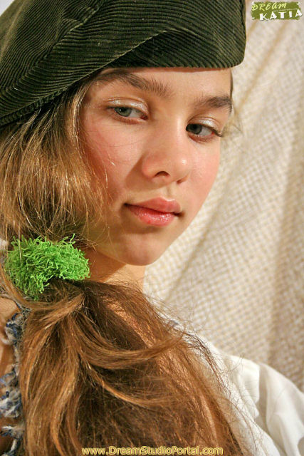 Pre Teen Model Gallery: Russian Preteen Fashion Model Russian Preteen Fashion